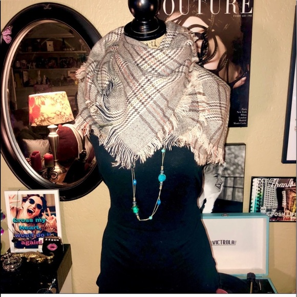 Plaid & Houndstooth Print Fringed Scarf/Wrap